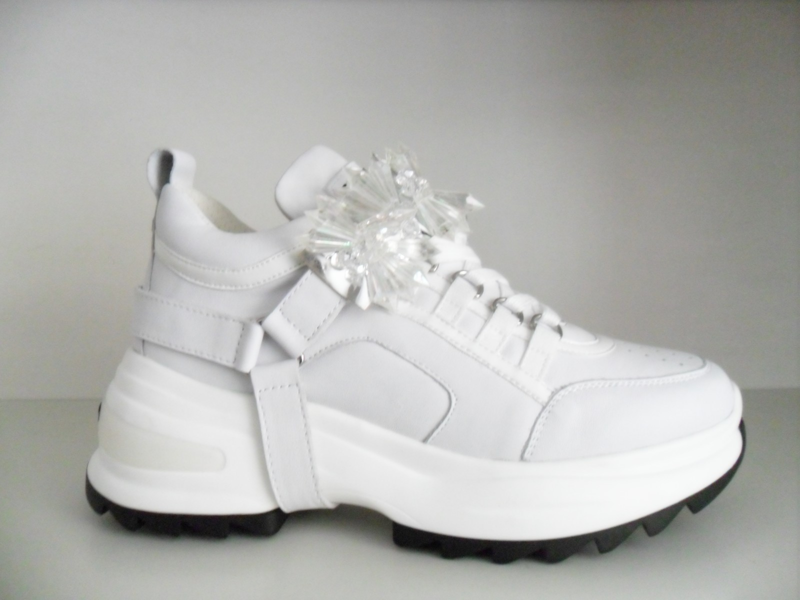 CULT CLE104004 YOUNG LOW SNEAKERS IN PELLE BIANCA CON PATCH REMOVIBILE